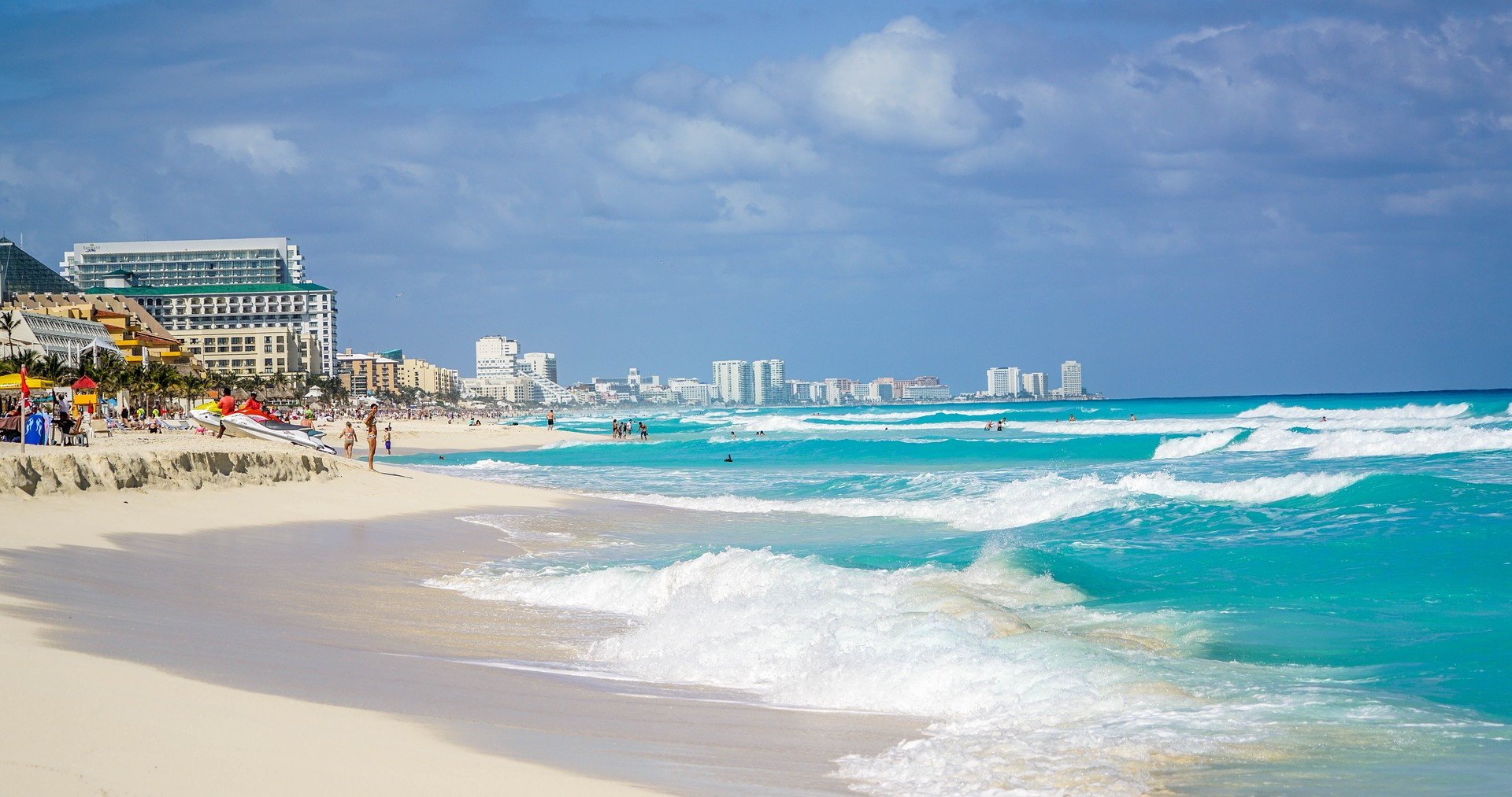 Cancun should be on the list of places everybody should visit by 40