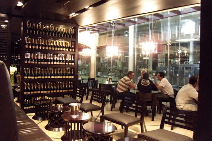 Inside the Graham Beck wine tasting room