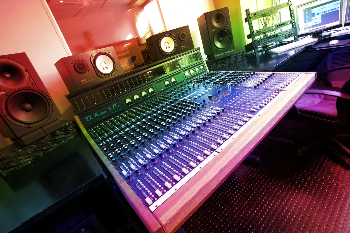 the audio engineer as creative mediator From there you've got to where the hats of a producer, arranger, songwriter, composer, psychologist, babysitter, mediator, peacemaker, coffeemaker, water-fetcherand on and on engineer is just such a small part of what we do in home studios.